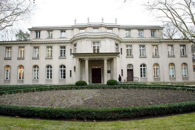 Lezione sulle leggi razziali in preparazione di un viaggio a Berlino
